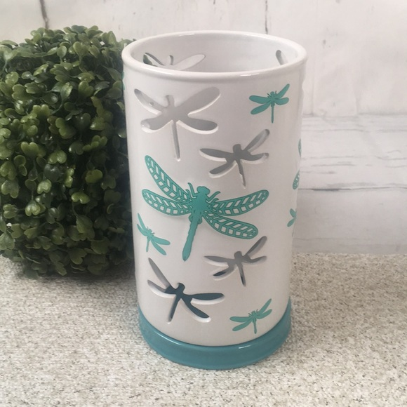 Yankee Candle Tall Dragonfly Luminary Tea Candle